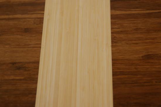 tafel_asymmetrisch_bamboe_ingelegd_detail_1
